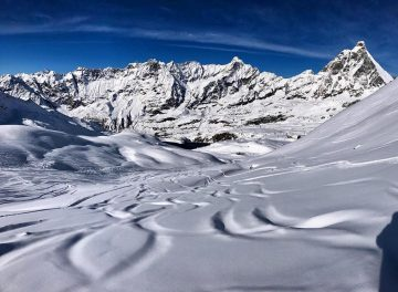 Cervinia Reports 2.4 Metres (8 Feet) of Snowfall in Past 7 Days (90cm in Last 24 hrs)